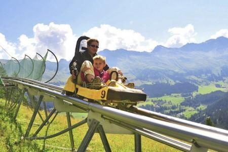 Camping Pradafenz empfiehlt die Rodelbahn Pradaschier, Graubünden, Schweiz