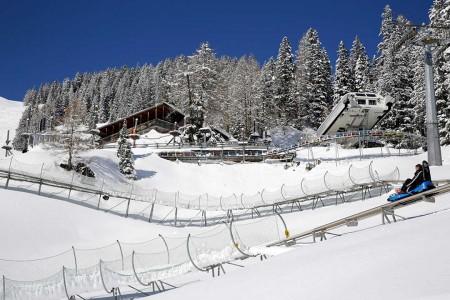 Camping Pradafenz empfiehlt längste Rodelbahn der Schweiz, Pradaschier, Churwalden, Graubünden, Schweiz