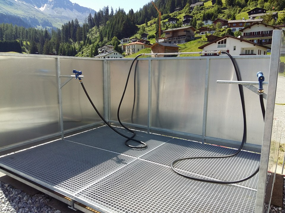 Camping Pradafenz Bike Dusche